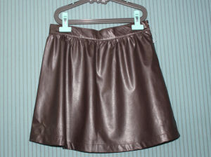 Ladies Pleated PU Skirt (LDS-21)