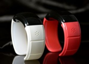 Bluetooth Bracelet with Phone-Answer Function and Bluetooth 3.0 Technology. pictures & photos