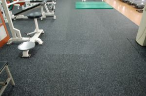 Black with EPDM Flecks Gym Flooring Rubber Mat pictures & photos