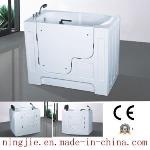 China Family Old Man Acrylic Soaking Bathtub (T115) - China ...