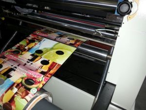 Electric Driven Type and Automatic Grade Cold Window Laminating Machine pictures & photos