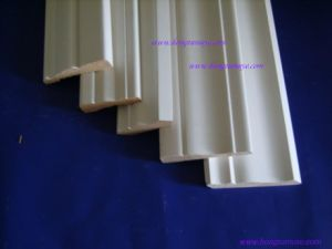 Lacquered Pine & MDF Crown Moulding pictures & photos