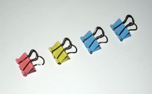 15 Mm(1/2 Inch) Colored Binder Clips (1306)