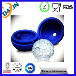 Customized Hot Sale Ball Shape 2015 Silicone Ice Cube Mold pictures & photos