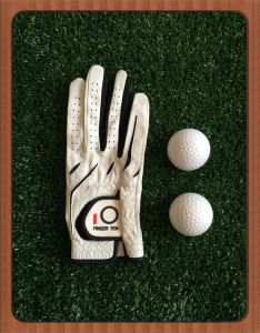 Superb Leather Ladies Right Hand Golf Glove with Cadet Size