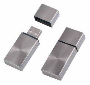 High Quality 1/2/4/8/16/32/64GB Metal USB Drives pictures & photos