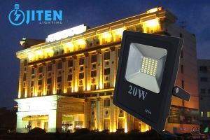 LED Lighting High Power LED Floodlight/Flood Light 10W 20W 30W 50W 100W pictures & photos