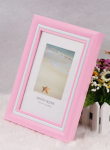 Plastic Photo Frame (PB-39) pictures & photos
