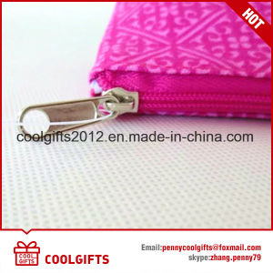 Promotional Cheap Cosmetic Bag for Gift pictures & photos