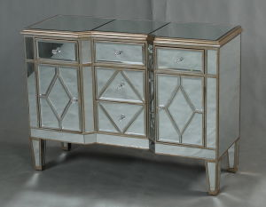 3 Doors Mirrored Chest with High Quality