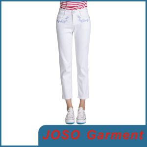 Women Embellished White Capri Pants (JC1051) pictures & photos