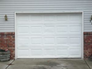 Cheap Sectional Garage Door pictures & photos