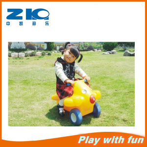 Zhongkai Mini Plastic Car with Wheel for Kids Plastic Outdoor Car pictures & photos