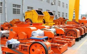Cement Production Line Roll Crusher pictures & photos