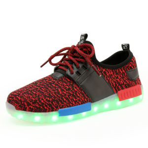 2017 New Style Colorful Sport LED Shoes with LED Lights