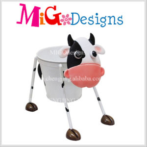 Custom Wholesale Yellow Cow Shaped Metal Pot pictures & photos