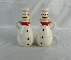 Hand-Painted Ceramic Chef Oil&Vinegar Bottles pictures & photos