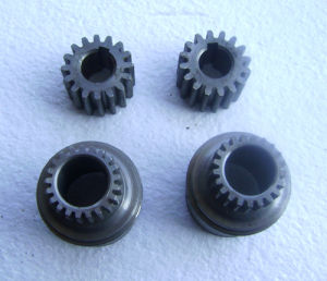 Gear/Transmission Gear/Motorcycle Parts/Bevel Gear/High Precision Spur Gear pictures & photos