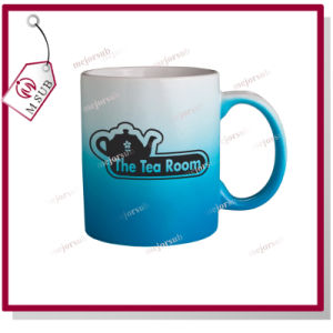 Wholesale 11oz Sublimation Printed Gradient Mug with Different Colors pictures & photos
