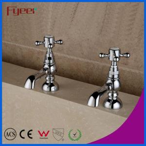 Fyeer Hot Sale European Style Bathtub Mixer Faucet pictures & photos
