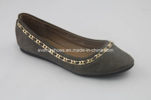 Simple Style Women Ballet Flats with Metal Encircle Decoration pictures & photos
