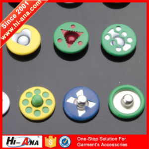 Global Brands 10 Year Good Price Rhinestone Rivet Button pictures & photos
