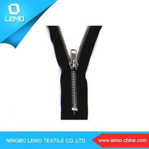 Closed End 3# Metal Zipper for Garment pictures & photos