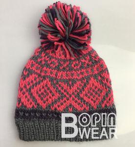 49ca50cce10ec China Women OEM Design Hand Knit POM-POM Winter Beanie Hat - China ...