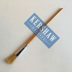 Artist Brush (ARTIST PAINTING BRUSH FLAT HEAD, white bristle and wooden handle) pictures & photos