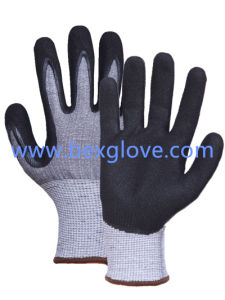 Nitrile Glove, Cut Resistance up to Level 5 pictures & photos