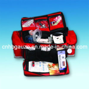 Quake Proof Hospitals Red Nylon Professional Ambulance First Aid Bag With Resuscitation Equipment