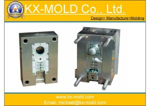 Electric Parts Plastic Injection Mould pictures & photos