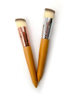 Angled Flat Style Kabuki Brush Wooden Handle Classic High End Eco Friendly  Single Custom Made Color Branded Makeup Brush