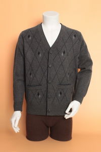 Yak Wool Cardigan Sweater/Cashmere Garment/Knitwear Clothing/Fabric/Wool Textile pictures & photos