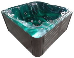 Luxury Outdoor SPA Video TV Hot Tub Freestanding Massage SPA pictures & photos