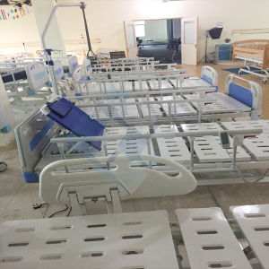 Three-Function Electric Hospital Bed Nursing Bed Medical Furniture pictures & photos