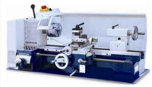 Multifunctional Lathe Machine pictures & photos