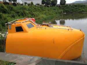 10-120 Persons Totally Enclosed Life Boat / Rescue Boat pictures & photos