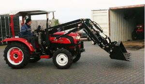 CE Certificate 20-75HP Garden Traktor for Sale in China with Tiller/Trailer/Font Loader/Snow Blade/Snow Blower pictures & photos