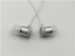 Beautiful Metal Ear Head Earphone pictures & photos