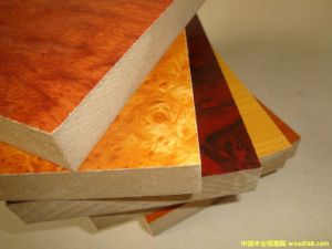 Both Size Melamine Paper MDF Board pictures & photos