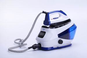 Steam Station Iron with Steadiness Steam Pressure (KB-2013) pictures & photos