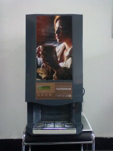 Coffee Vending Machine for Catering Industry (F305) pictures & photos