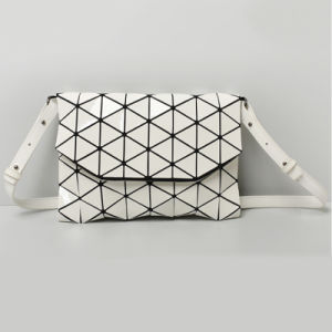 White Rhombic PU Removable Strap Ladies Bag (A0109-10)
