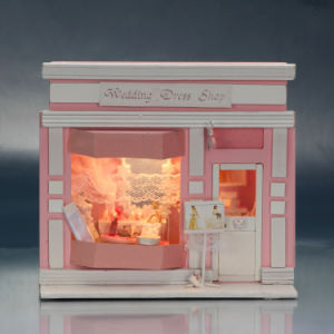 Wooden Mini Doll House for Children Gift pictures & photos