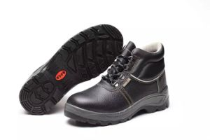 China Factory Industrial Standard Outsole PU/Leather Worker Safety Shoes pictures & photos