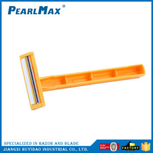 Factory Direct Cheap Price Twin Blade Plastic Handle Disposbale Razor pictures & photos