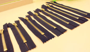 5# Metal Zipper with Brass Material for Wholesale Price pictures & photos