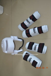 Professional Wtf NBR Dipped Head Guard Protector for Taekwondo Karate pictures & photos