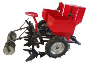 Small Tractor Mounted 1 Row Sweet Potato Digger pictures & photos